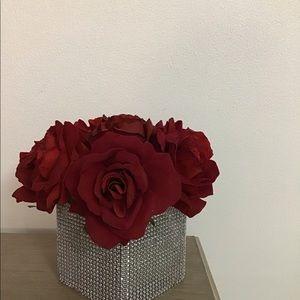 Glam out flower vase